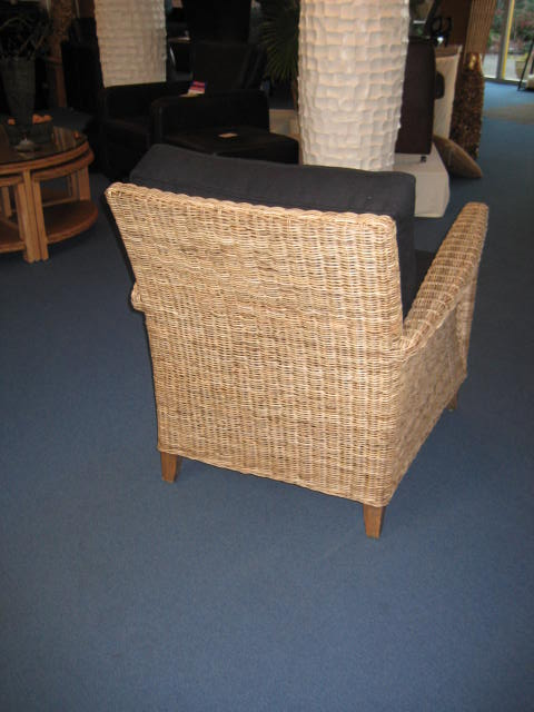 fauteuil rotan grijs model Triesta